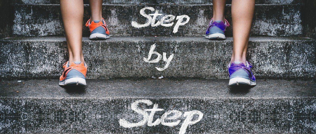 stairs-gradually-feet-4574579.jpg